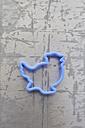 Bird shape cookie cutter, close up - AXF000178