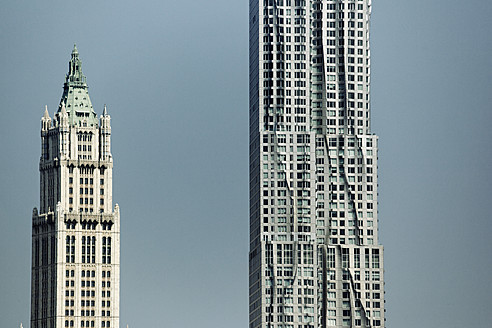 USA, New York, View of high rise building - TL000687