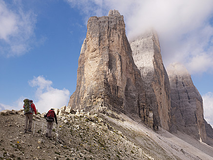 Europe, Italy, Hikers on Tre Cime di Lavaredo at National Park of Sesto Dolomities - BSC000126