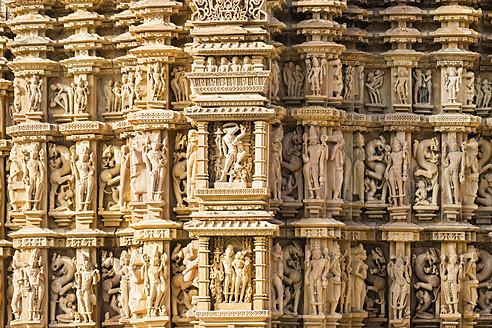 India, Madhya Pradesh, Erotic scene and details at Kandariya Mahadeva Temple - FO004214