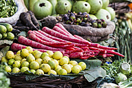 India, Uttarakhand, Haridwar, Various vegetables stand in market - FOF004262