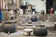 India, Ahmedabad, View of street kitchen - MBEF000475