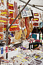 Spain, Mallorca, Sineu, People at market - MAE004943