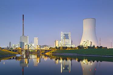 Germany, View of coal power plant - CPF000013