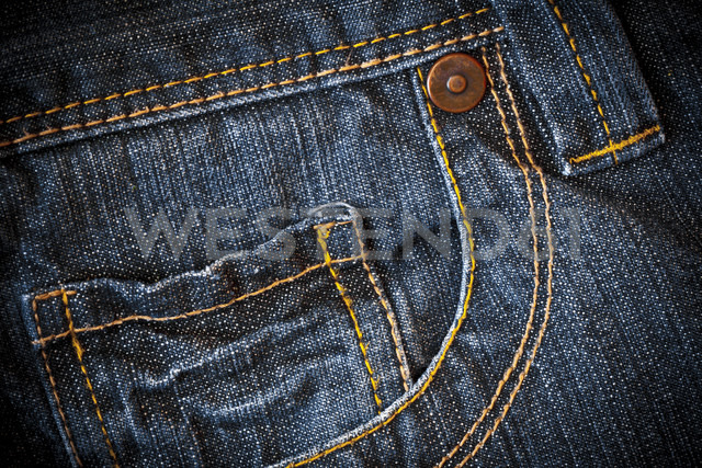 Close up of jeans pocket - CPF000010