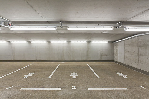 Germany, Baden Wuerttemberg, Stuttgart, Car park area for women - WDF001287