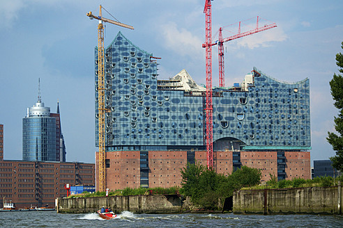 Germany, Hamburg, View of Elbe Philharmonic Hall - MH000033