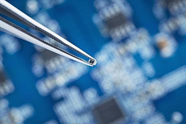 Close up of printed circuit board - DSCF000023
