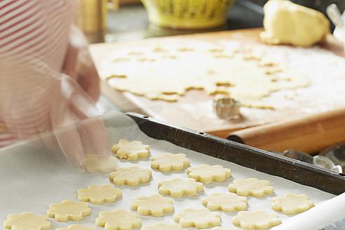Germany, Bavaria, Preparation of Christmas cookies - DSCF000037