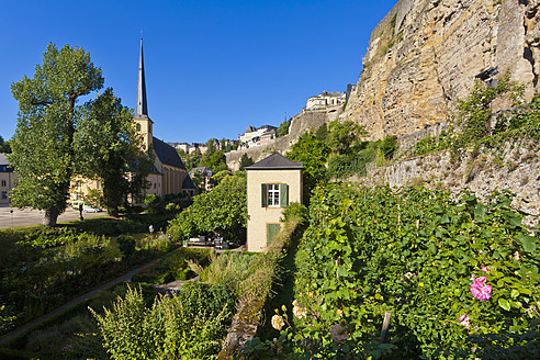 Luxembourg, View of monastery garden, St Johns Church in background - WDF001327