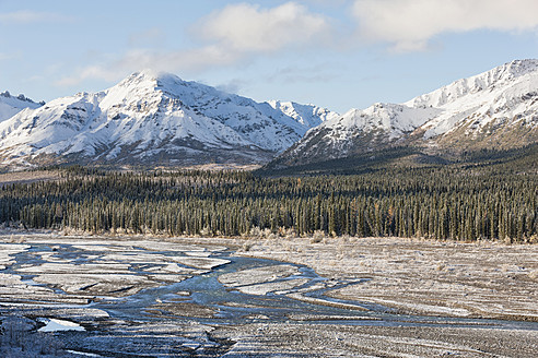 USA, Alaska, View of  Teklanika River at Denali National Park - FOF004507