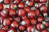 Germany, Red christmas tree balls, close up - HOHF000023
