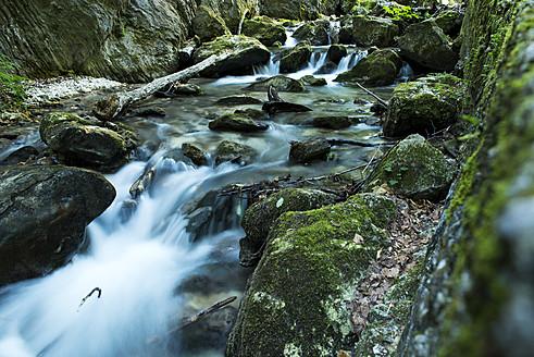 Italy, View of Parco Nazionale dei Monti Sibillini - KA000033