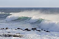 Spain, Breaking of waves at La Gomera - SIEF003096
