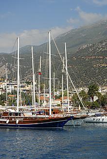 Turkey, Antalya, Sailing boats in harbour of Kas - MIZ000071