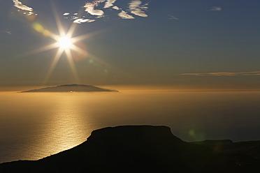 Spain, View of El Hierro island from Alto de Garajonay mountain in  La Gomera - SIEF003155