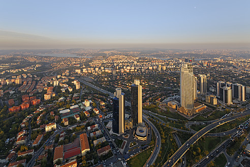 Europe, Turkey, Istanbul, View of financial district at Levent - SIE003206