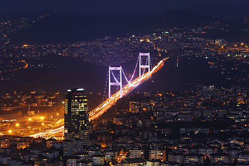 Europe, Turkey, Istanbul, View of Fatih Sultan Mehmet Bridge in financial district - SIEF003223