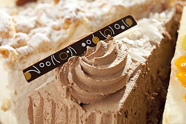 Variety of slice cake, close up - CSF016201