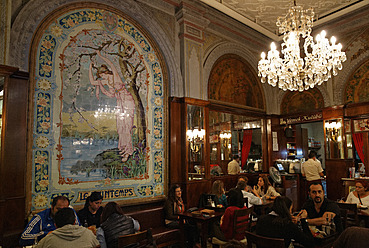 Turkey, Istanbul, Art nouveau cafe at Istiklal Caddesi road - SIE003275