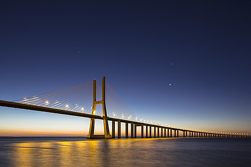 Portugal, Lisbon, View of Vasco da Gama bridge at River Tagus - FO004740