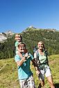 Austria, Salzburg, Family hiking at Altenmarkt Zauchensee - HHF004369