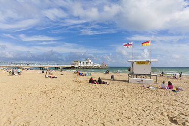England, Dorset, Bournemouth, Beach with lifeguards at Bournemouth Pier - WD001560