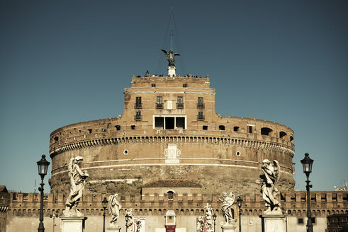 Italy, Rome, View of Castel Sant Angelo - KA000060