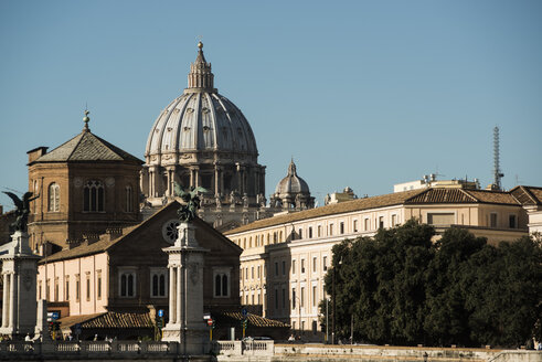 Italy, Rome, Dome of St Peters Basilica - KA000063