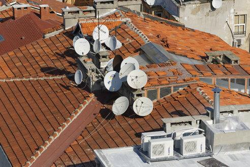 Turkey, Istanbul, Satellite dishes on roof - SIEF003416