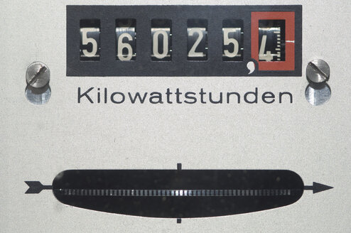 Germany, Electric meter, close up - CRF002313