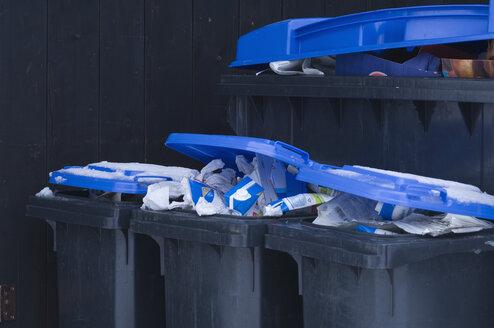 Germany, Separation of wastepaper in bin - CRF002322