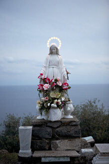 Italy, Sculpture of Maria at Ionion Island - TK000078