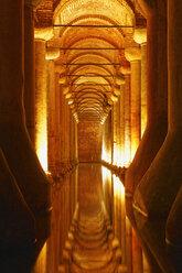 Turkey, Istanbul, Interior of Basilica Cistern - SIE003523