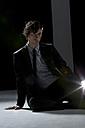 Actor sitting, protrait - MAE006261