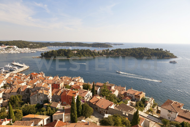 Croatia, View from Sv Eufemija Church on old town of Rovinj - MS002890