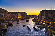 Italy, Venice, Gondolas on Canal Grande near Rialto bridge - HSIF000218