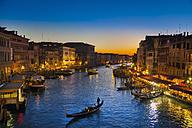 Italy, Venice, Gondolas on Canal Grande near Rialto bridge - HSIF000219