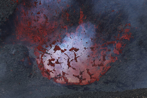 Italy, Sicily, View of lava erupting from Mount Etna - MR001302