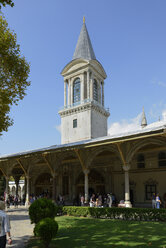 Turkey, Istanbul, View of Tower of Justice at Topkapi palace - LH000068