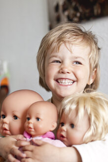 Germany, Girl with her dolls, smiling - JFEF000078