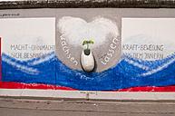 Germany, Berlin, Mural painting of Wachsen lassen - CB000032