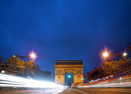Paris, View of Arc de Triomphe and Champs Elysees - ALE000043