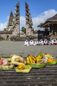 Indonesia, Religious offering at Pura Ulun Danu Batur - AM000088