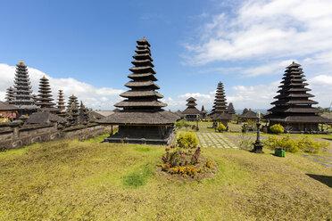 Indonesia, View of Pagodas at Pura Penataran Agung temple - AM000095