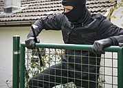 Germany, North Rhine Westphalia, Burglary breaking into garden door - ONF000192