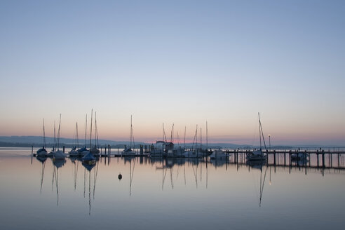 Germany, Baden Wuerttemberg, Jetty on Lake Constance - BSTF000054