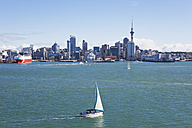 New Zealand, Auckland, View of city - GW002188