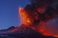 Italy, View of  Lava erupting from Mount Etna - RM000618