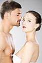 Young couple falling in love, close up - MAEF006708